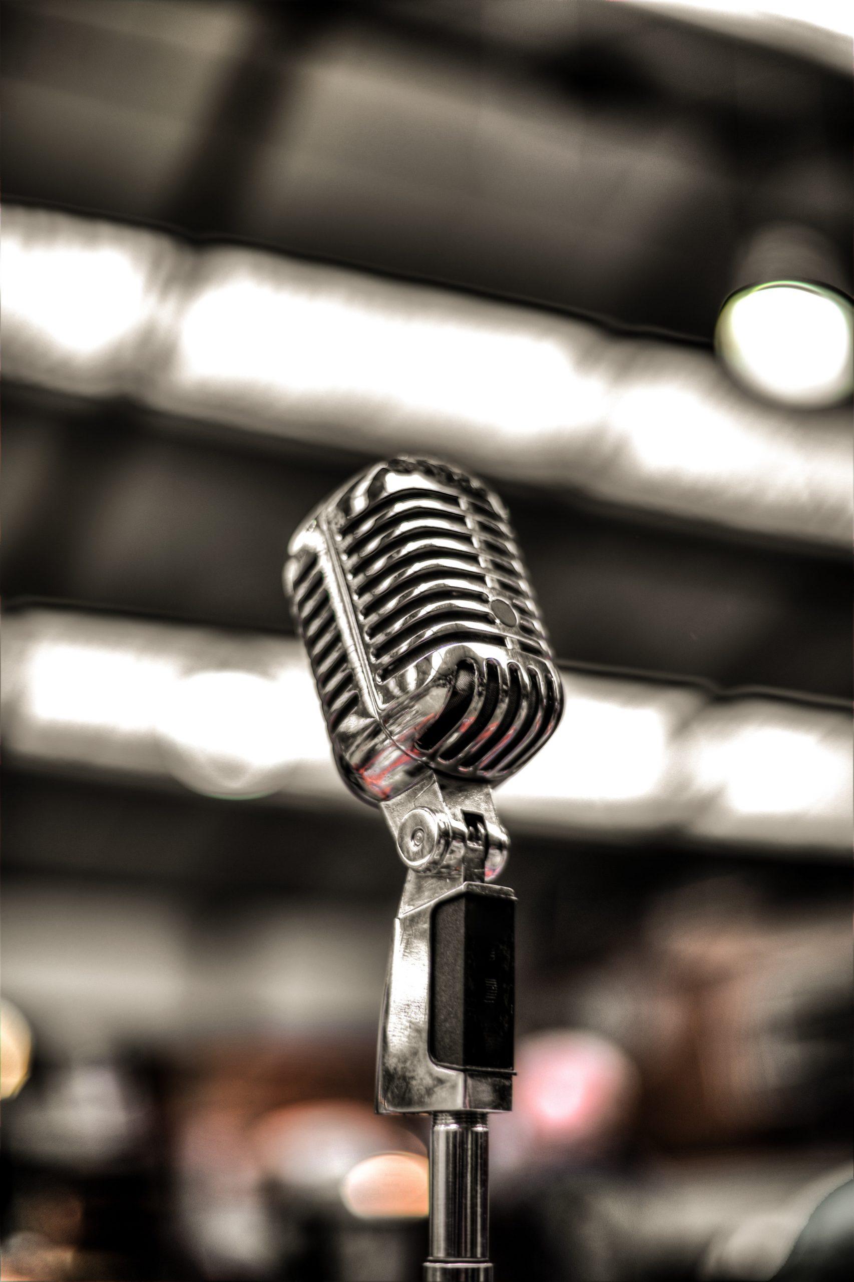 elvis presley microphone